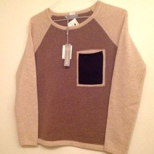 BNWT In cashmere sweater